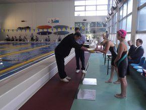 水泳競技表彰式の様子